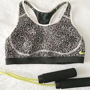 Nike Leopard Print Sports Bra
